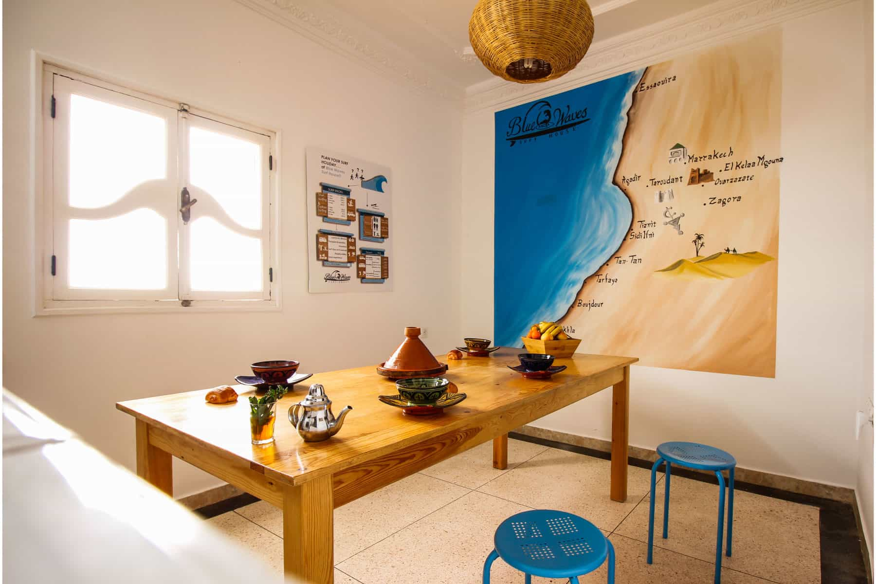 blue waves surf house anza dining room
