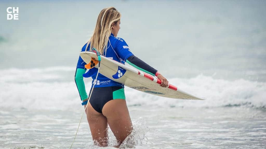 Lucía Martiño the Spanish surfer